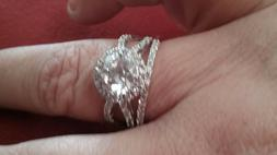 Avon STERLING SILVER HALO STYLE ENGAGEMENT Size 8 2 piece se